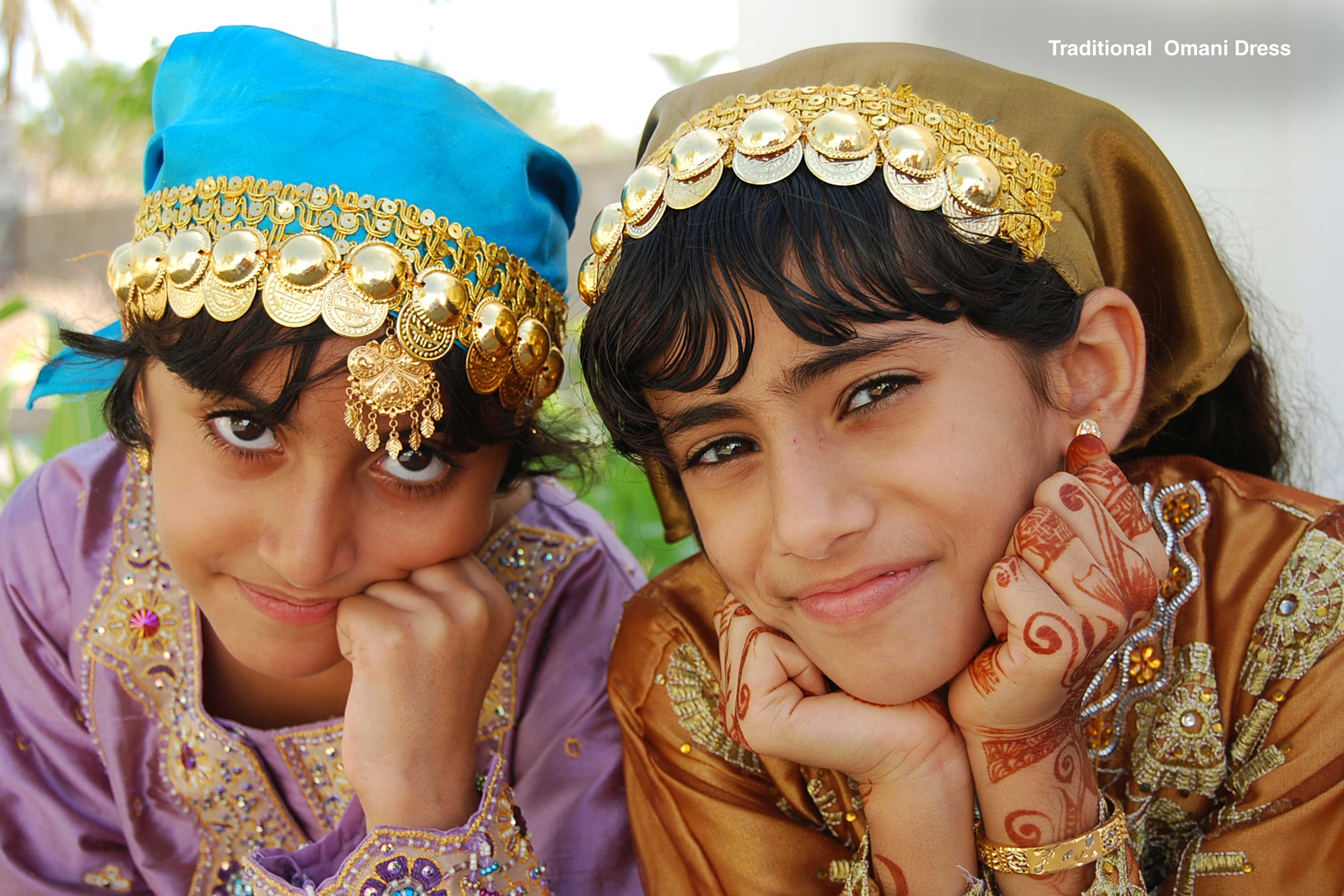 Traditional--Omani-Dress