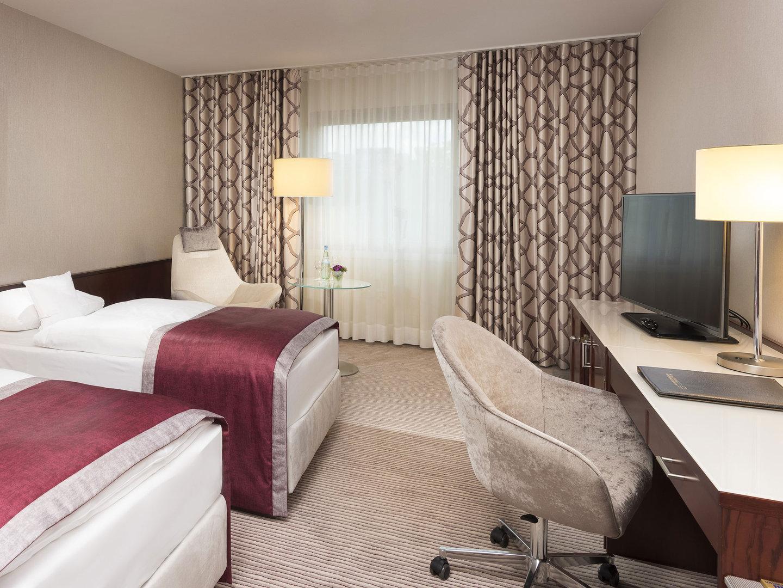 Bonn Room 2