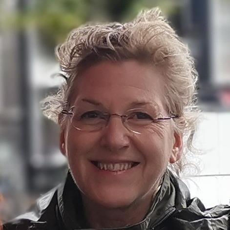 Suzan in Amsterdam.jpg