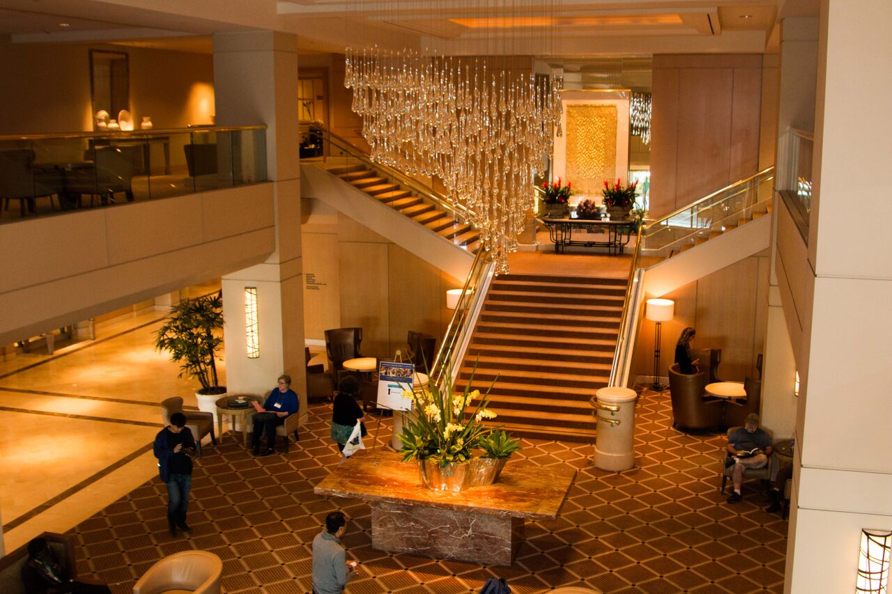 Ryzman Hilton LAX Lobby