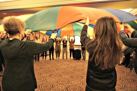 Blakeney parachute - sm