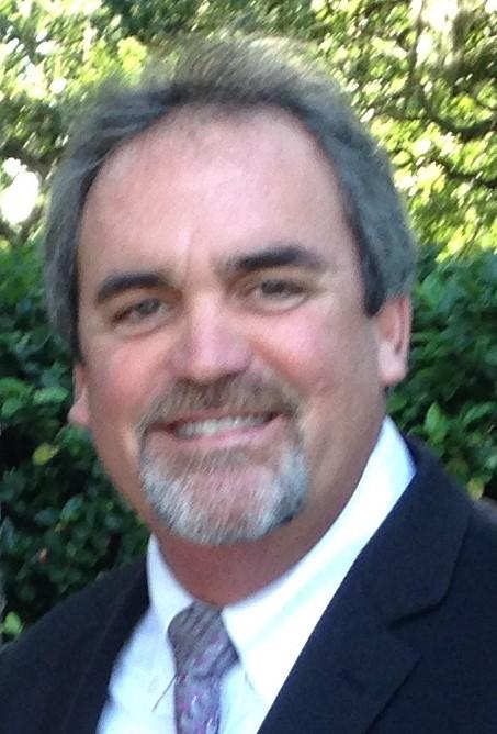 Phil Carr Headshot.jpg