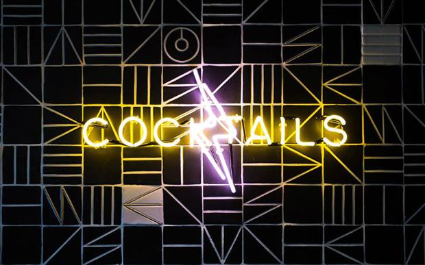 cocktailssign