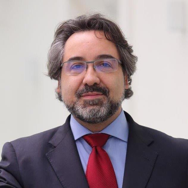 Portrait César Prado.jpg