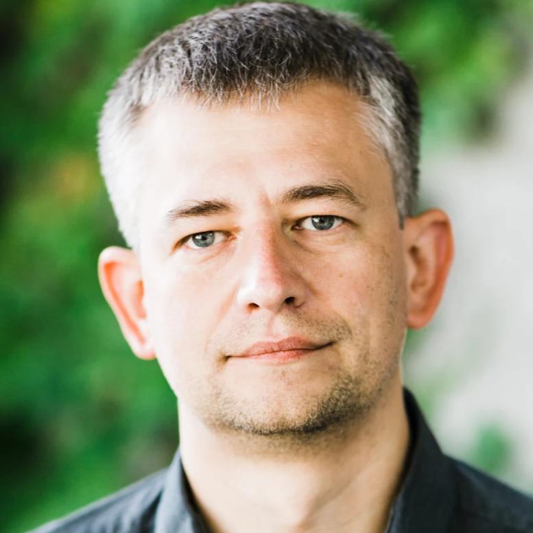 Maciej Maciejewski.png