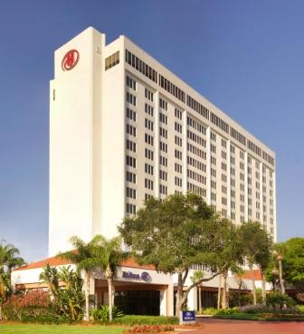 Hilton 2 (2)